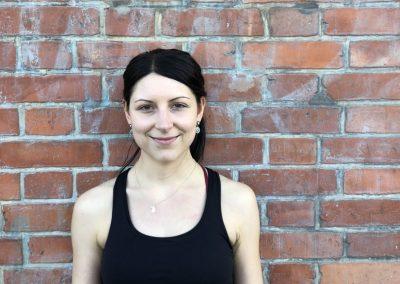 Angelina - zertifizierte Yogalehrerin